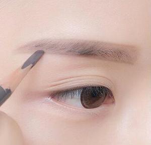 韩式化妆眉技术